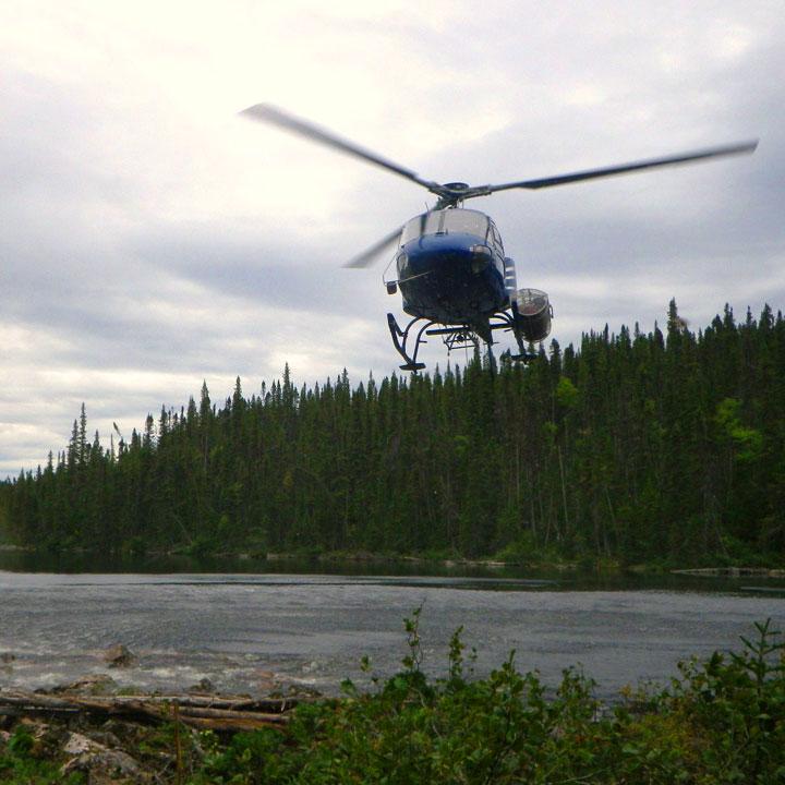 Hélicoptère Kwyjibo - SOQUEM Leader de l'exploration minière au Québec